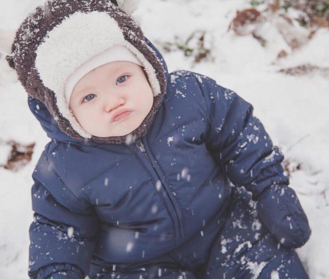 Gabimet më të mëdha që bëjnë nënat me fëmijët gjatë stinës së dimrit