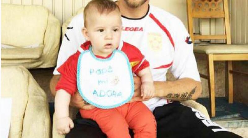 Rrëfehet Alban Hoxha  Si është të rrisësh një fëmijë pa bashkëshorten