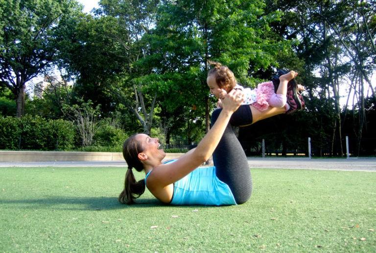 Ushtrime për të rimarrë vetën pas lindjes