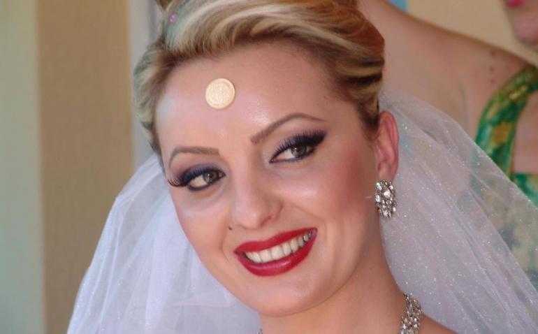 Merita po bëhet nënë por ja si dukej ditën e dasmës